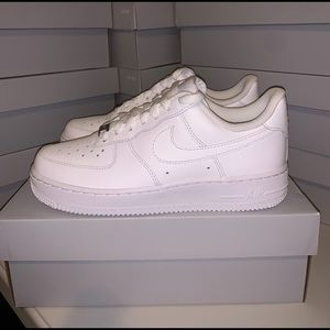 Nike Air Force 1 '07 Women's size 7